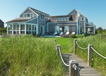 Garden-bridge-that-complements-the-beach-style-of-the-home-217x155