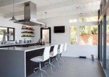 Gorgeous-kitchen-in-white-and-gray-217x155