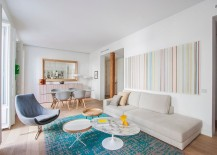 Gorgeous rug adds color to the living room [From: Adriana Merlo/BATAVIA]