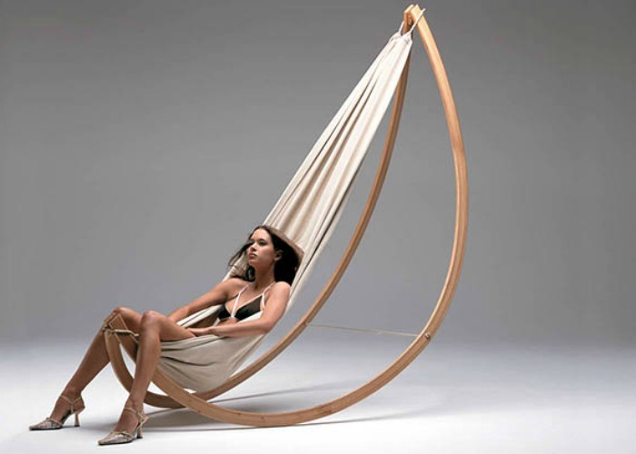 Chic hammock that doubles as a rocking chair!