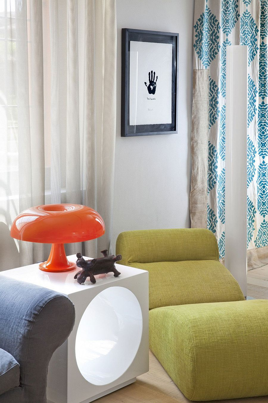 Iconic Nesso table lamp steals the show in the living room