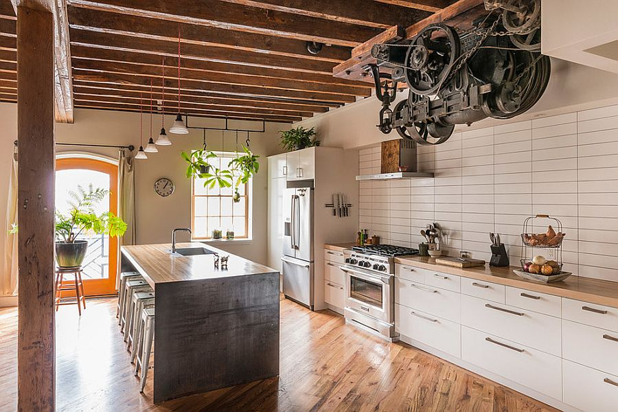 Industrial kitchen with a hint of modern charm [Design: Bright Common Architecture & Design]