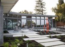 Informal-outdoor-sitting-area-around-the-firepit-217x155