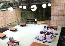 Ladies Enjoying Kawadoko Dining in Kibune