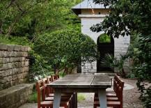 Lush-garden-patio-with-an-outdoor-dining-area-217x155