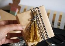 Metallic-tinsel-tassels-from-Decoist-217x155