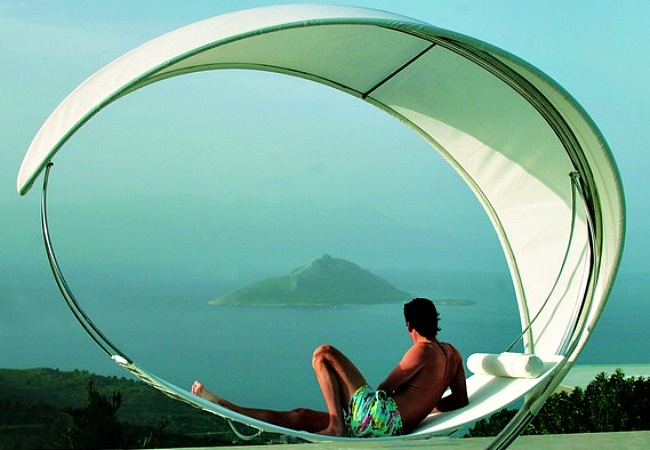 A high-end hammock design with a gorgeous sunshade that you can see through