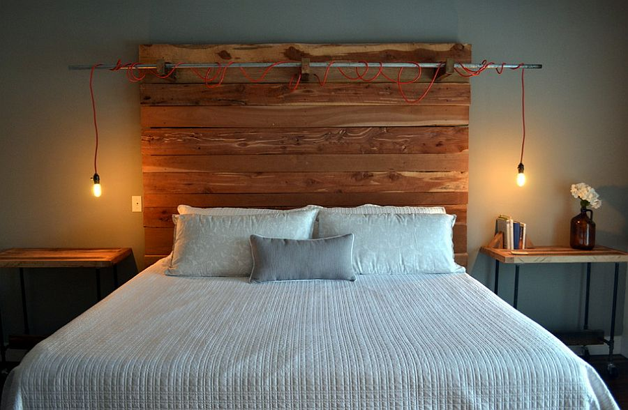 Rustic industrial bedroom with lovely lighting [Design: Erwin Renovation]