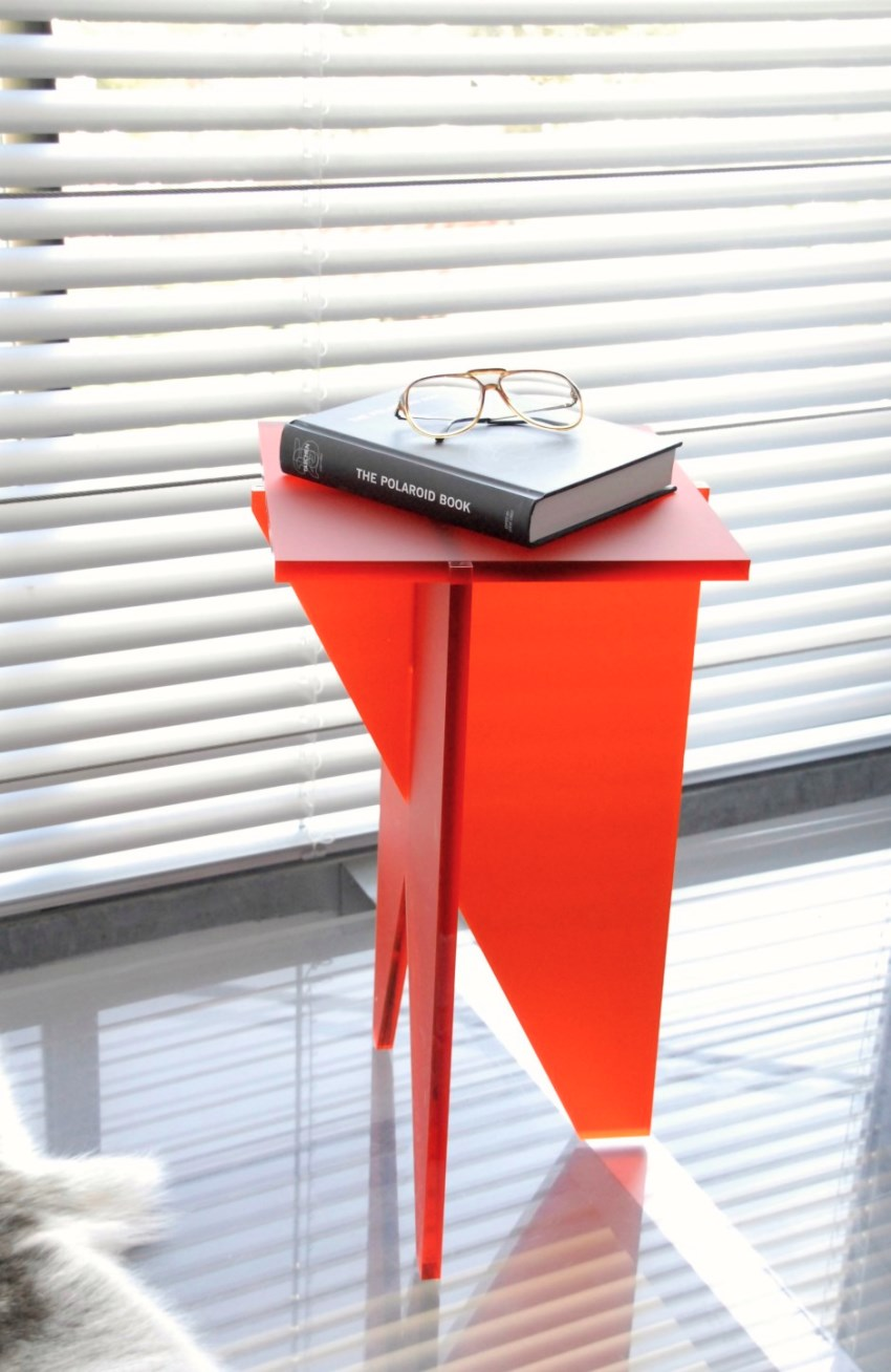 Sculptural side table by Avec Amour