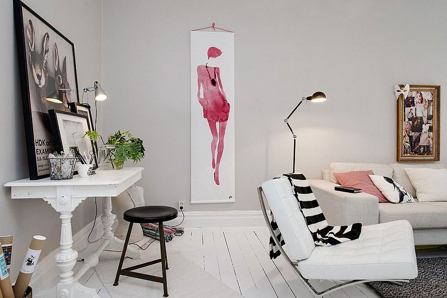 Small and stylish workspace in the living room