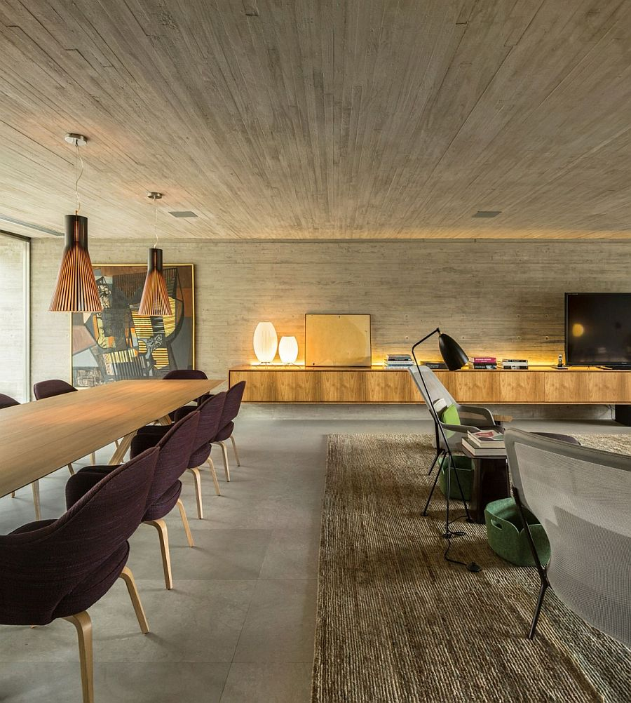 Smart living room and dining area of the contemporary B+B House