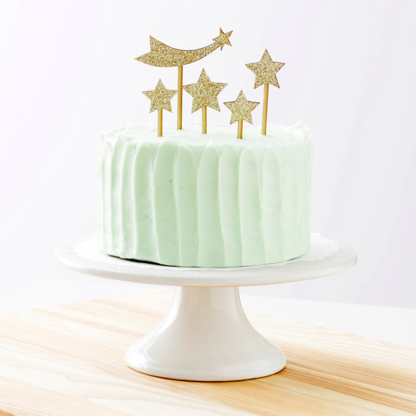 Star cake topper by Madeline Trait for Brit + Co
