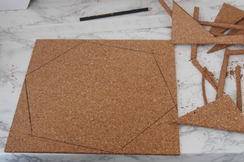 diy a quick and easy hexagon cork board. Black Bedroom Furniture Sets. Home Design Ideas