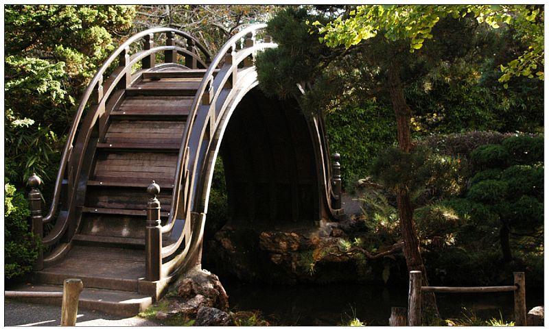 Unique bridge in the Japanese Tea Garden in San Francisco