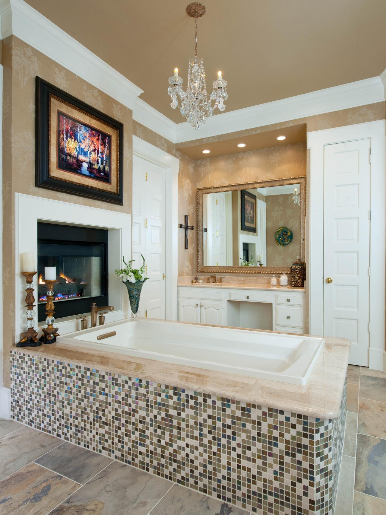 Bathroom Chandelier Lighting Ideas 20 luxurious bathrooms with elegant chandelier lighting