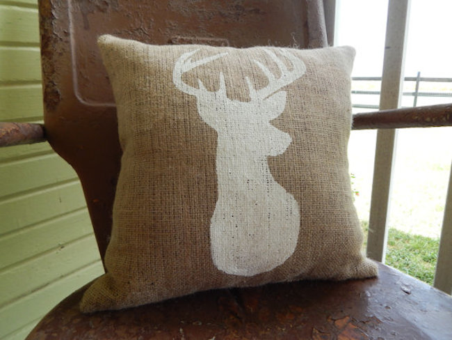 Use different colored burlap to compliment accent pillow designs
