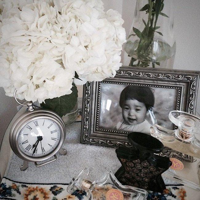 clock nightstand 1