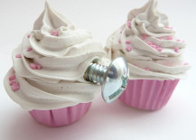 door knob cupcake 2 217x155 Artsy Drawer Knobs That Are Sure to Stand Out