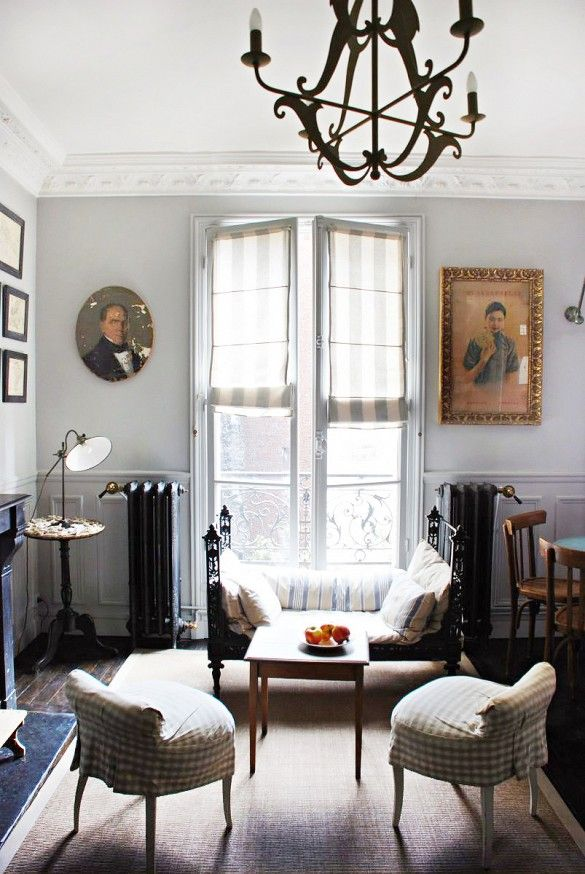 15 brilliant french door window treatments for Living room 4 doors