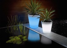solar powered planter 1 217x155 Solar Powered Decorative Ideas to Light Up Your Yard