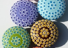 Colorful and snazzy spotted door knobs