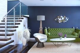Beautiful metallic wall art for the midcentury livingr room