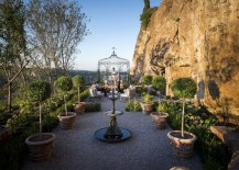 Charming-metal-gazebo-in-a-cliffside-setting-217x155