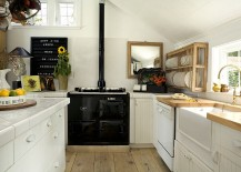 Combining-coastal-touches-with-Scandinavian-style-217x155