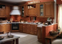 Cozy and refined kitchen design adapts to the floor plan of the home