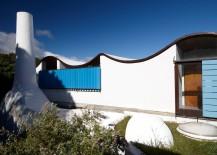 Die Es home blends Cape Dutch style with modern minimalism