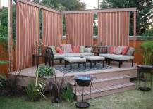 Floating-Deck-Small-backyard-217x155
