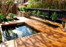 Lovely floating deck in wood is both beautiful and functional