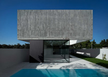Concrete beauty of  House in Juso, Portugal