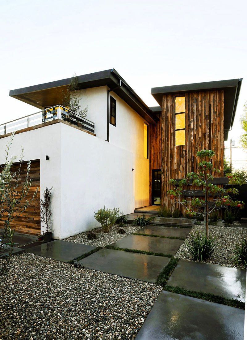 Stucco home style for Modern style homes