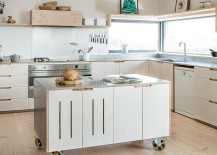 Kitchen island on wheels for the stylish modern home