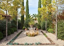 Mediterranean garden with an urn focal point
