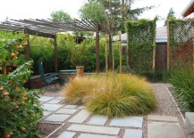 Outdoor space with gravel and stepping stones 217x155 Lawn Alternatives for the Modern Yard