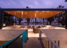 Rooftop-lounge-of-the-stylish-beach-house-217x155