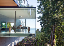Amazing cantilevered design of the Russet Residence