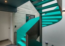 Sculptural-staircase-in-captivating-color-for-the-contemporary-becah-house-217x155