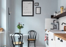 Small-breakfast-nook-in-the-corner-of-the-kitchen-217x155