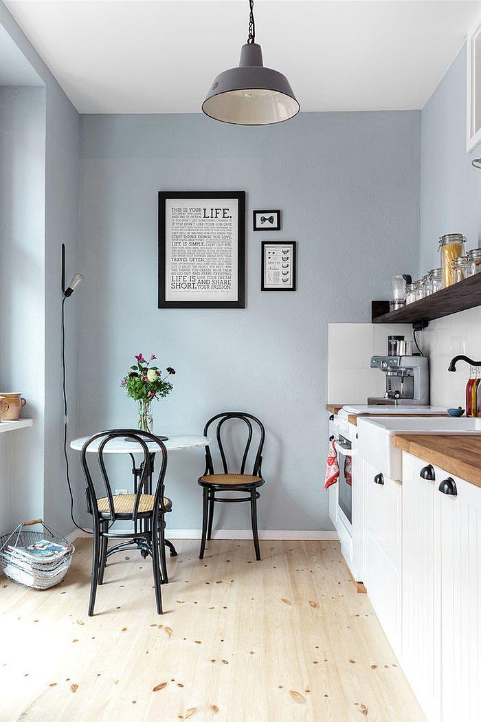 Small breakfast nook in the corner of the kitchen [Design: Kathy Kunz Interiors]