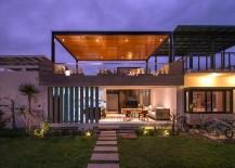Smart S House combines indoor and outdoor living spaces