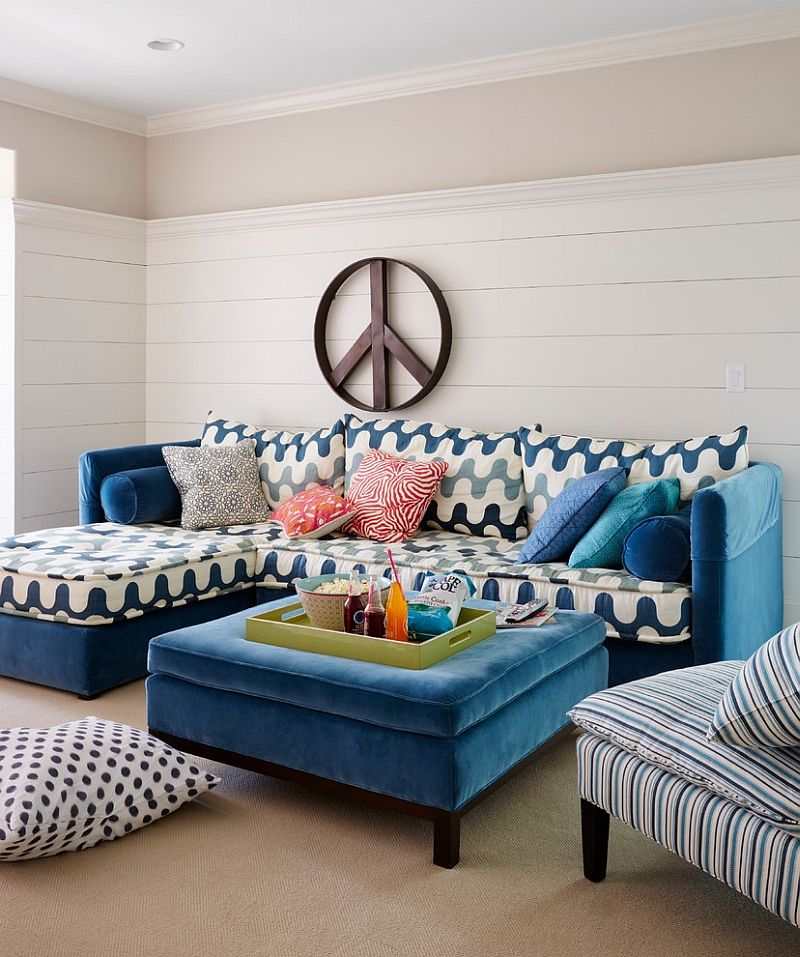 Splash of blue for the beach style living room