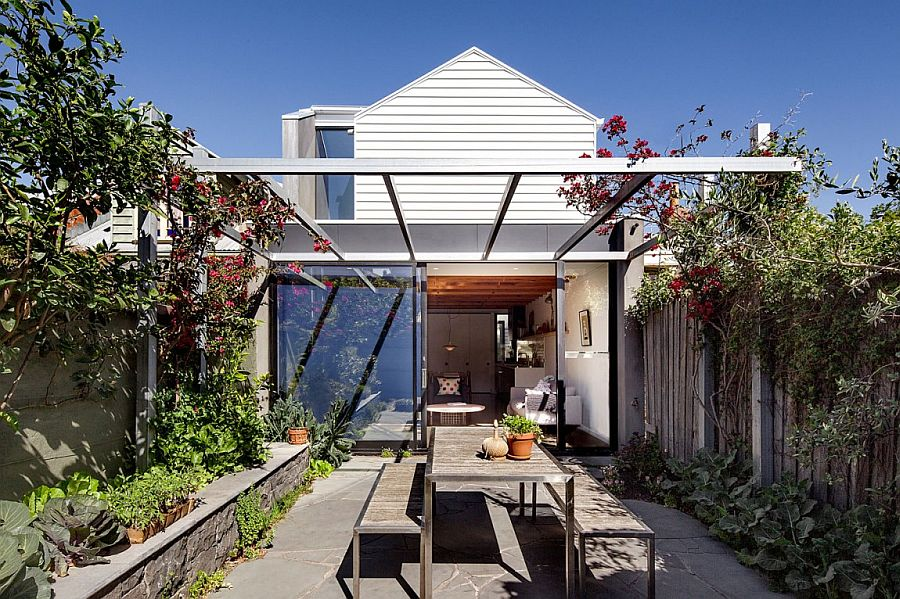 Victorian terrace house in Melbourne with a modern extension