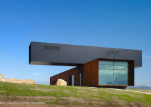 Dramatic View Hill Residence with views of the Yarra Valley