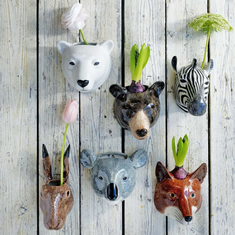 Decorating Your Wall With Ceramic Animal Planters Decoist