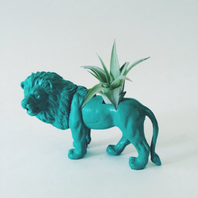 animal planter lion 10