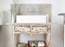 Vintage desk and decor come together to shape a stunning vanity