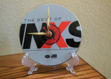 Craft your own CD clock